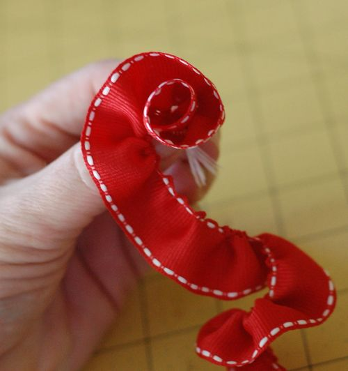 Sct-11may blog-ribbon flower4