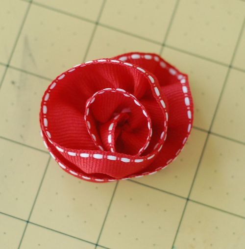 Sct-11may blog-ribbon flower7