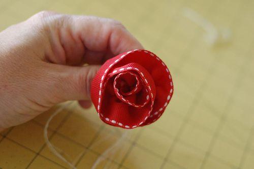 Sct-11may blog-ribbon flower5