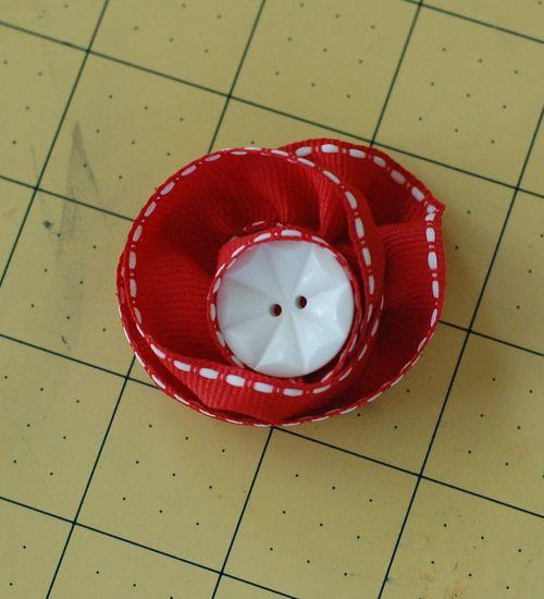 Sct-11may blog-ribbon flower8
