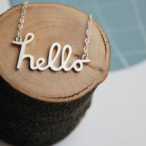 5hello_necklace