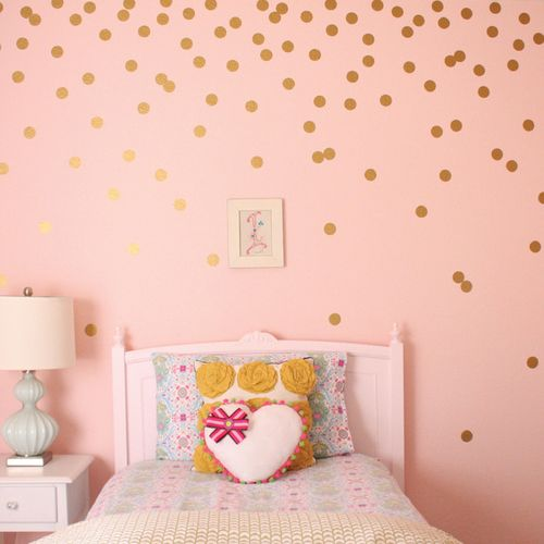 6top_home-golddots