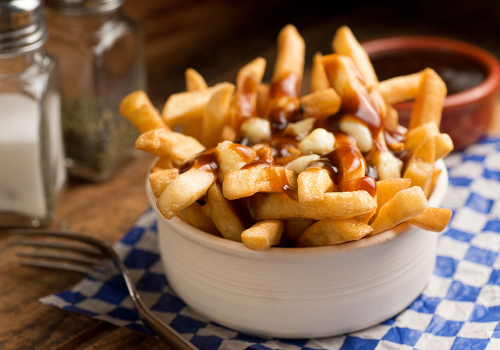 Poutine-canadian-dishes