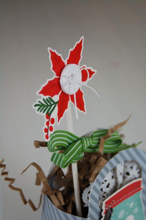Snowman-Gift-Jar-Box-Close-Up-Photo-1-by-Jen-Gallacher