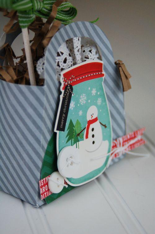 Snowman-Gift-Jar-Box-Close-Up-Photo-2-by-Jen-Gallacher
