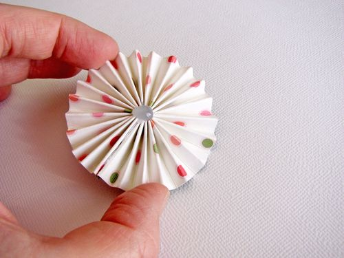 Pinch together to make rosette
