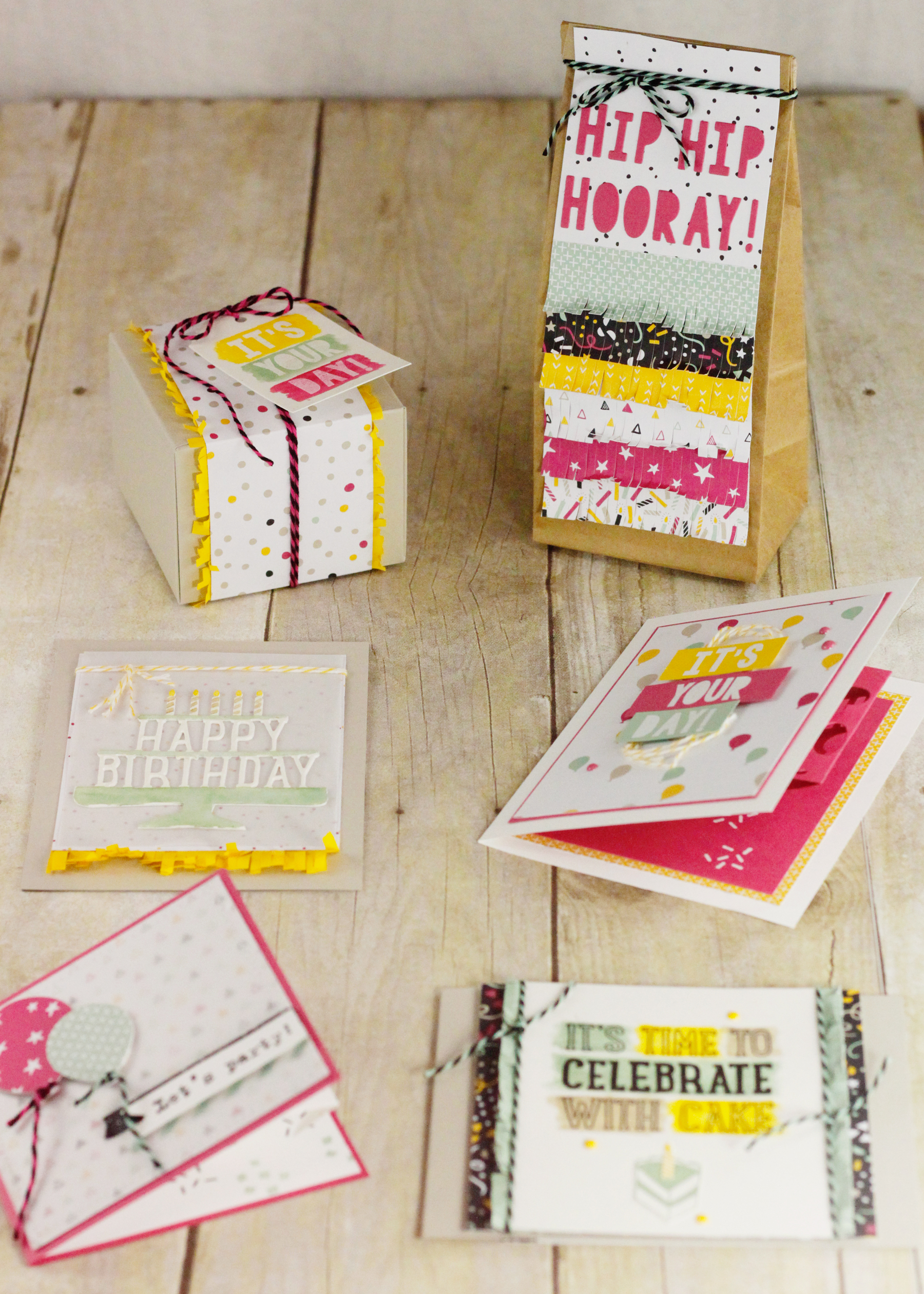 Scrapbook ideas pop up - Sct_may_susat_1